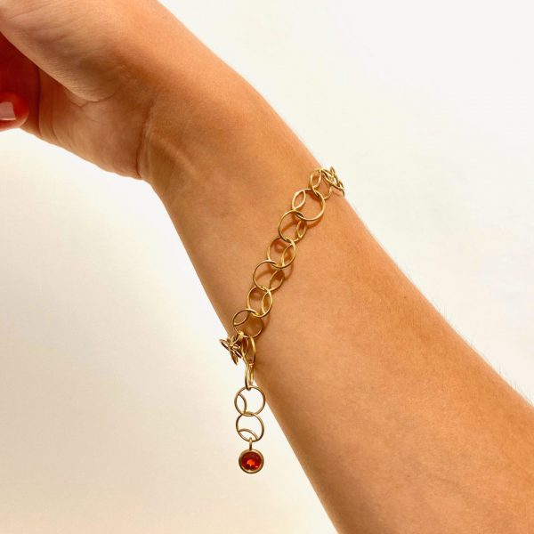 Armband in Gelbgold mit Granat