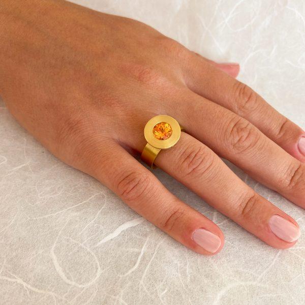 Gelbgoldring mit Mandaringranat