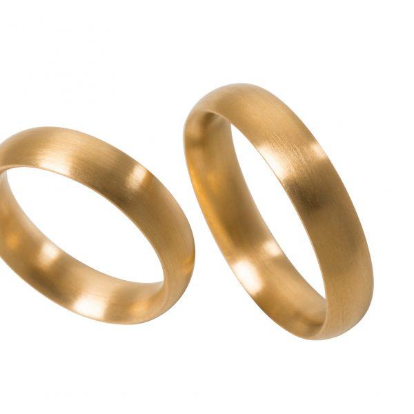 Ringe in 900/-Gelbgold